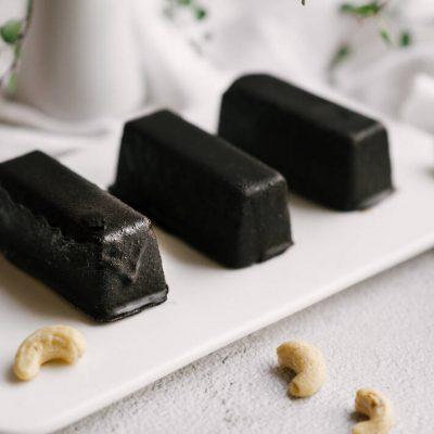 Šokoladiniai braškiniai sūreliai